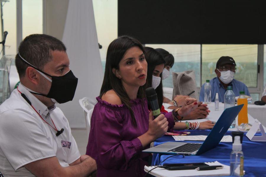 """hoyennoticia.com, """"Riohacha recuperará manejo de la educación"""""""