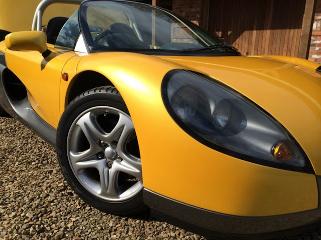 Renault Sport Spider 1990s French sports car