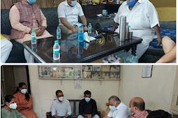 मृतकों के परिजनों को सांत्वना देने पहुंचे केंद्रीय मंत्री वी.के.सिंह
