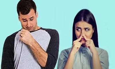 لماذا تصبح رائحة العرق كريهة