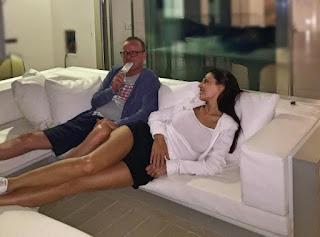 Anna Tatangelo difende su Instagram il suo amore per Gigi D'Alessio