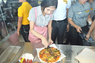 trixia salonga yellow cab cavite  cutting pizza new yorker