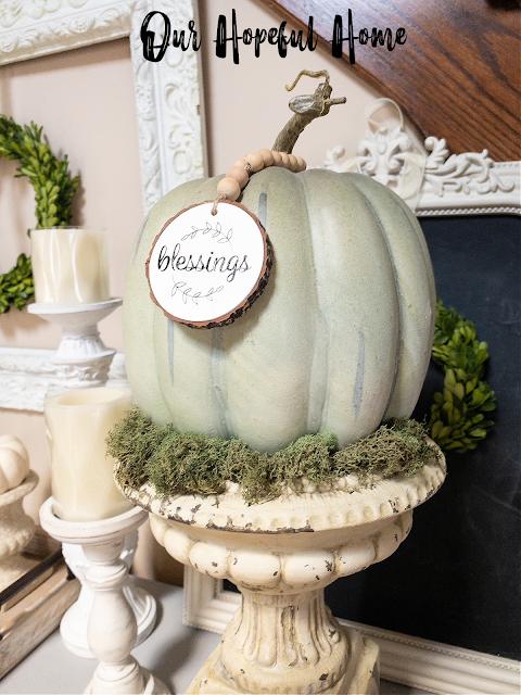 pedestal candleholders boxwood sheet moss blessings wood slice decoration