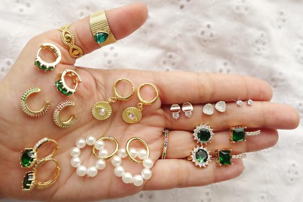 Ναύπλιο: Η αλυσίδα καταστημάτων jewels4u ζητά πωλήτριες και προσωπικό