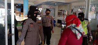 "Operasi Yustisi, Polres Pelabuhan Makassar Imbau Warga"" Mari'ki Bersatu Lawan Covid"