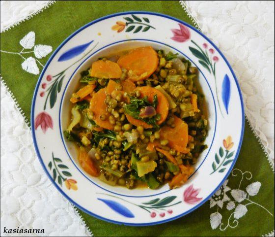 przepis-blog-wegański-curry-fasolka-z-warzywami
