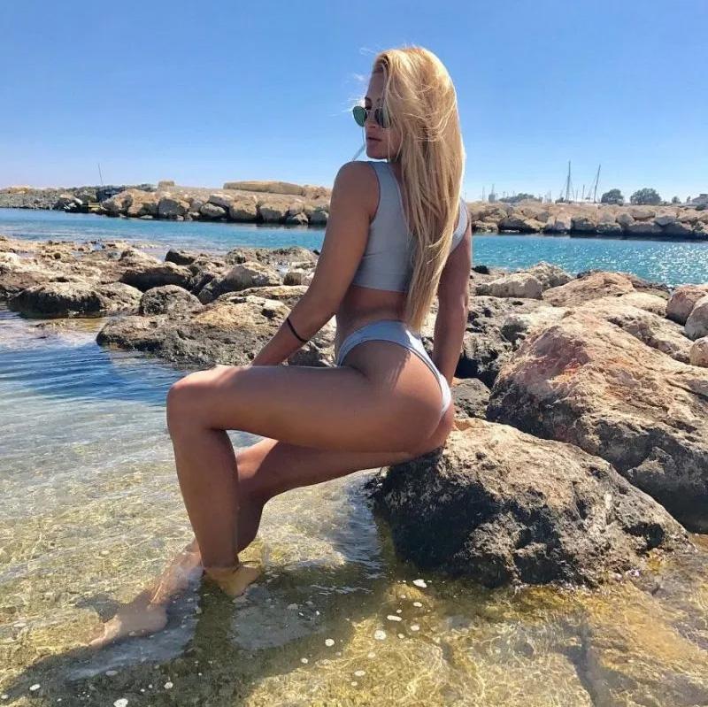 Ιωαννα-Τουνη-hot-2