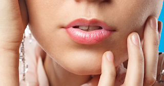 How To Easily Overcome The Dry Lips And Chapped