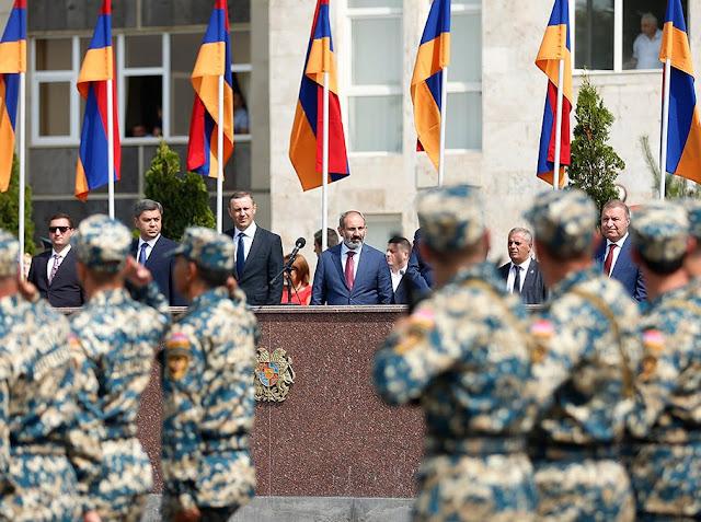 Armenia envía 100 especialistas para unirse a la misión humanitaria de Siria