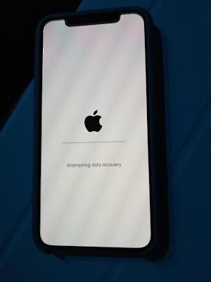Cara ampuh atasi masalah iPhone stuck dilogo apple, stuck dilogo iTunes atau bootloop dengan iTunes