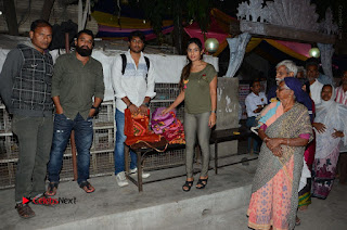 Actress Sri reddy (apthatrust director) Distrubuted Blankets for Orphans at Sai Baba Temple  0017.JPG
