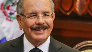 """Danilo Medina felicita al """"nuevo presidente electo"""" Luis Abinader"""