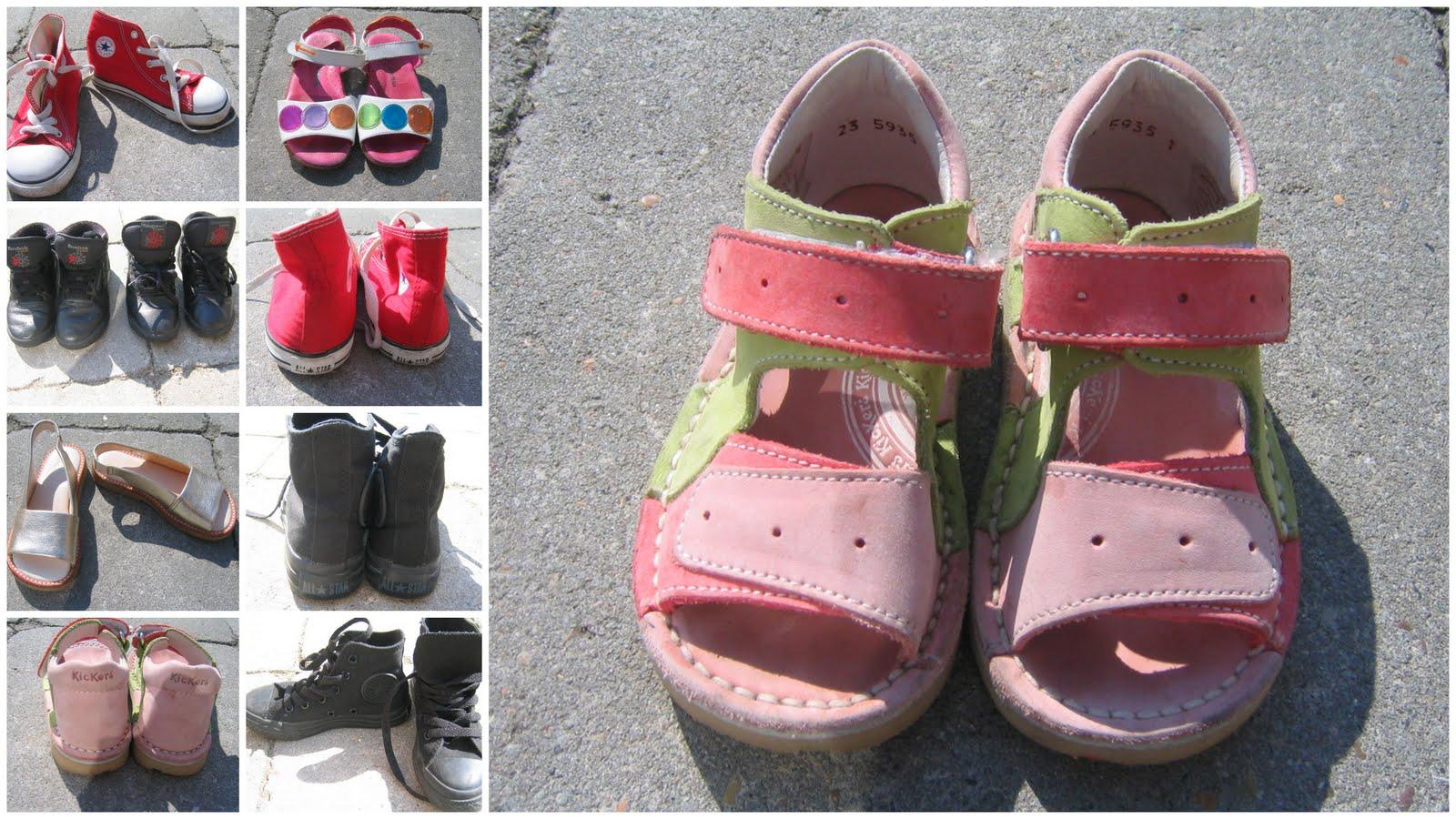 5beb215c67c Røde CONVERSE str 25 (15,5 cm) 150 kr. Sorte CONVERSE str 28 (17 cm) 150  kr. KICKERS sandaler str 23 (14 cm) 15o kr. AGATHA RUIZ PRADA sandaler m  kålorm str ...