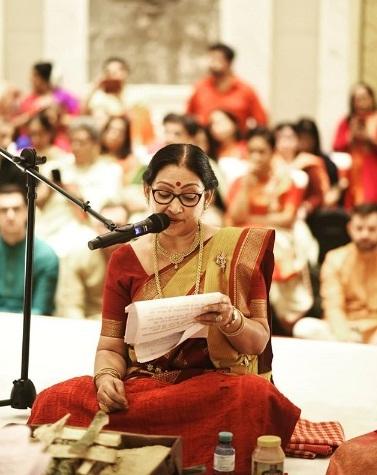 Nandini Bhowmik - A Bengali Woman Priest Who Scrapped Kanyadaan