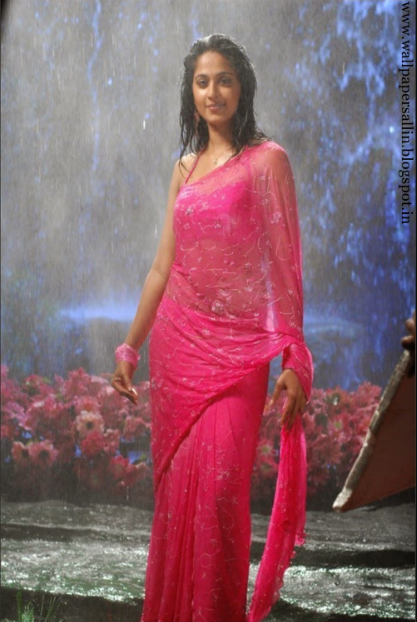 anushka photo gallery in pink saree