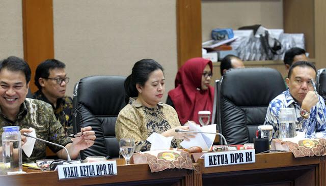 Ketua DPR Puan Maharani Rapat Perdana, Wartawan Diusir