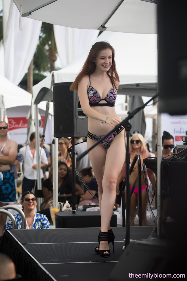 1593772118_xbiz_cover [TheEmilyBloom] Emily Bloom - Xbiz Miami 2018