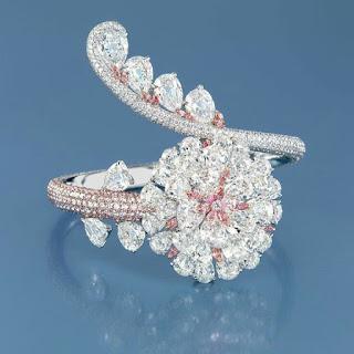 Olivera 18K White gold ladies ring