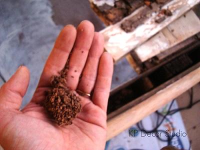 Neveras con corcho aislante antiguas de madera con bloques de hielo
