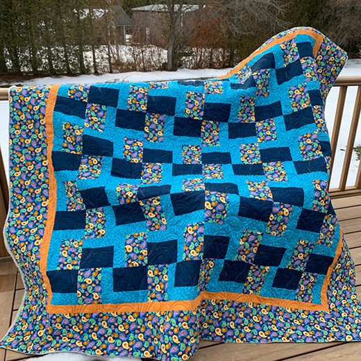 Chunk It Up! Quilt designed by Dawn Cavanaugh of APQS