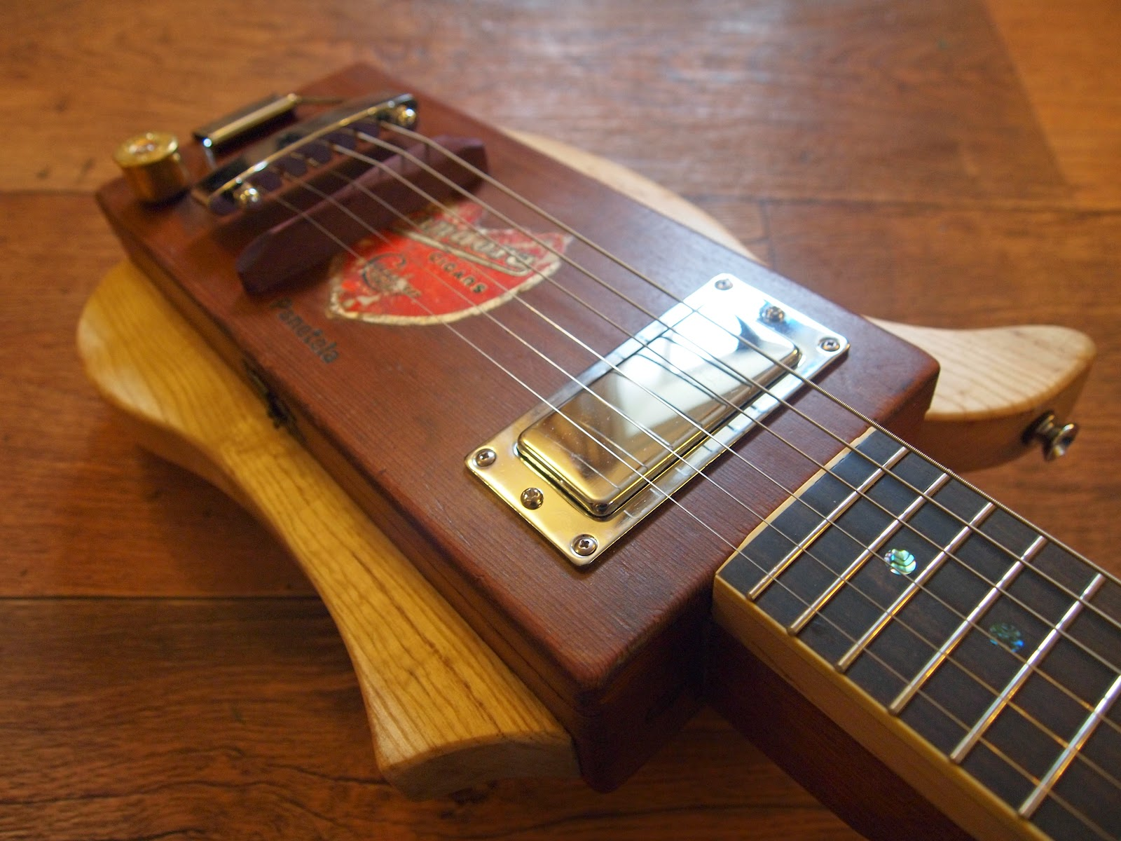 shonky pandora 6 string cigar box guitar. Black Bedroom Furniture Sets. Home Design Ideas
