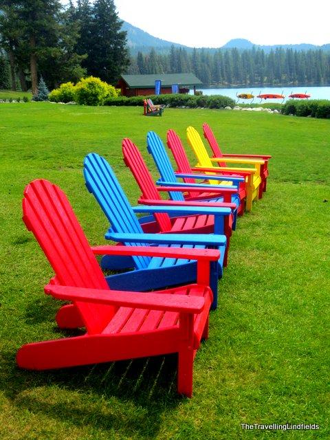 Canadian chairs Beauvert Lake