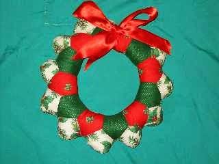 7db12a34469b5 Manualidades adornos Navidad para la puerta