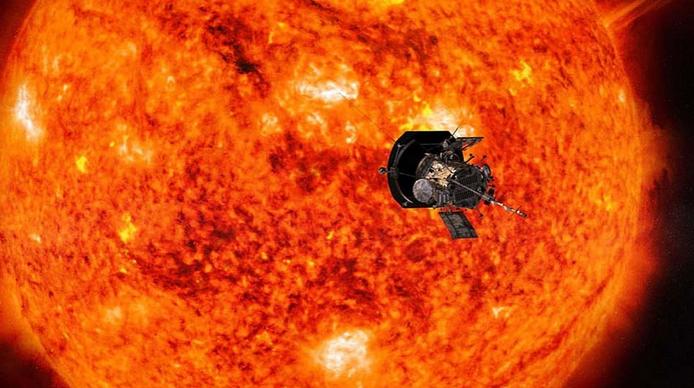 Μοναδική εικόνα: Ταξιδεύοντας προς τον Ήλιο... η Γη από απόσταση 43 εκατ. χλμ