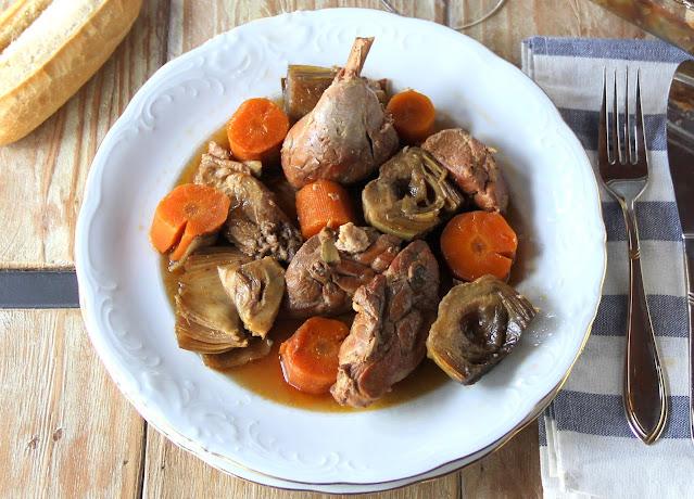 Pollo guisado con alcachofas y sidra Crock-pot