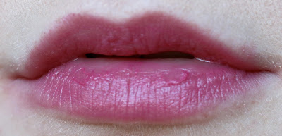 burts bees lip crayon review Hawaiian Smoulder swatch
