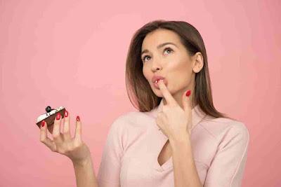 هل اكل الحلويات يسبب مرض السكر؟