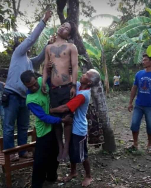 Diputus Pacar, Pemuda Bertato Rejoso Nganjuk Gantung Diri