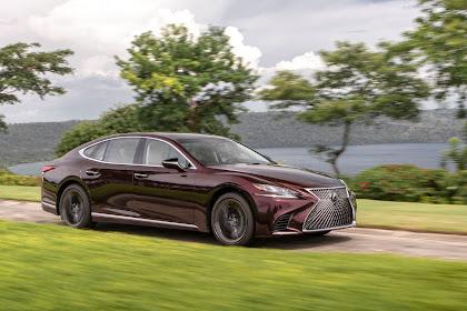 2020 Lexus LS500h Review