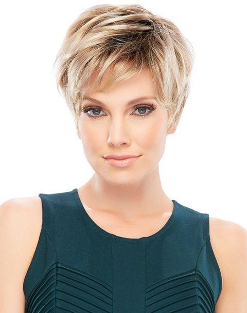 el pelo corto estilo pixiepues su encanto femenino mas vistoso el encanto de mujerla belleza es la magia que cada mujer tieneslo