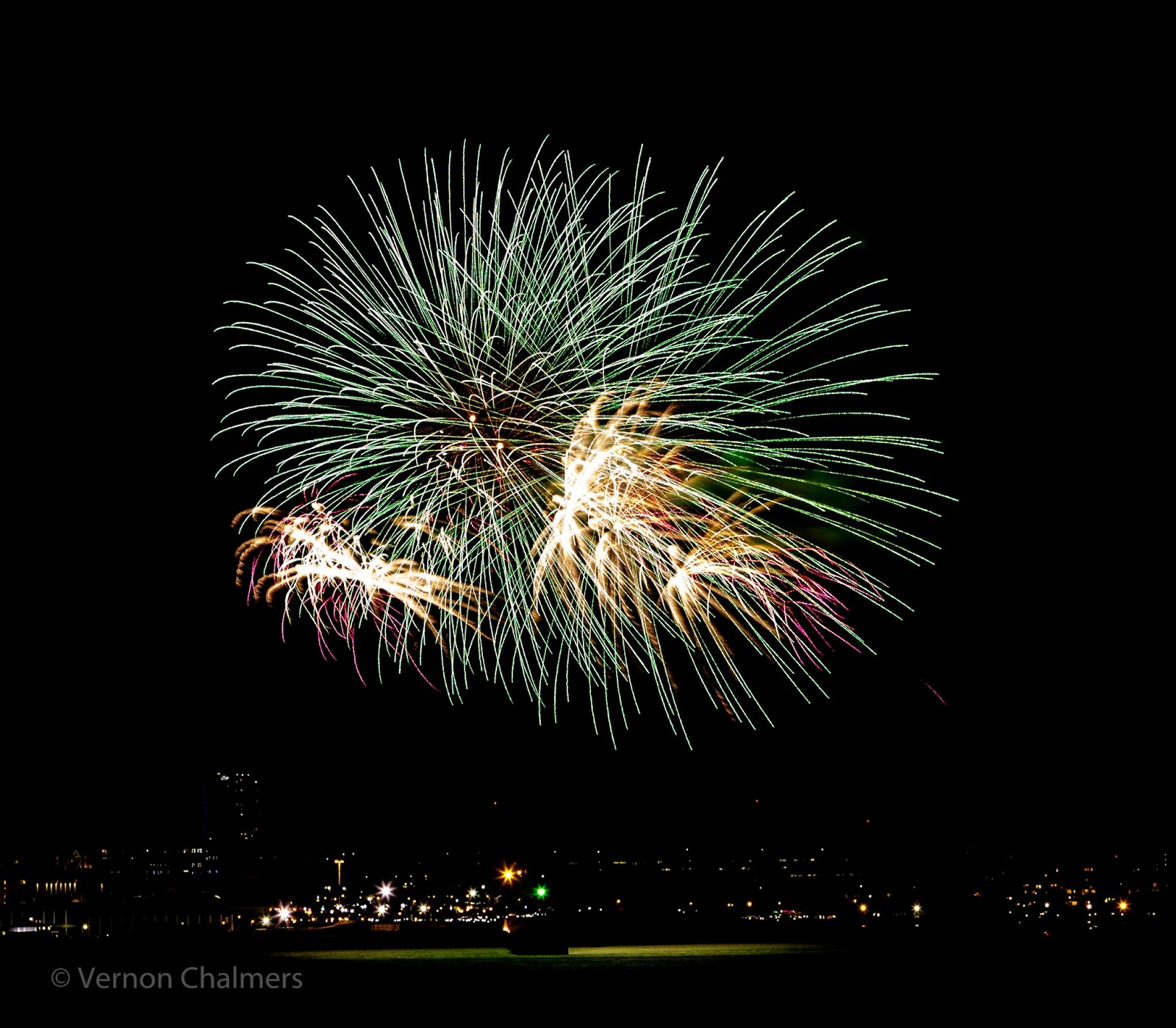 Fireworks Cape Town over Milnerton Lagoon / Woodbridge Island / Table Bay