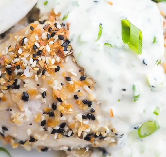 Everything Bagel Chicken with Scallion Cream Cheese Sauce (Keto) #healthy #ketodiet