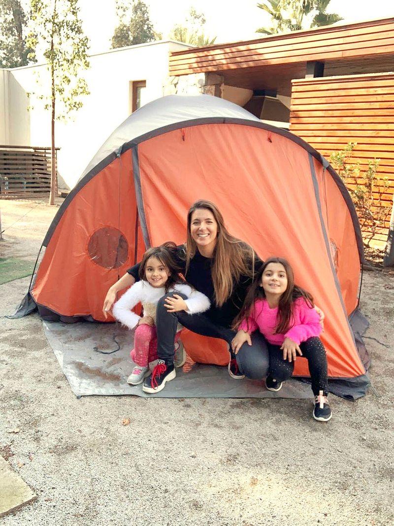 Pamela Le Roy explica por qué instaló una carpa en su patio