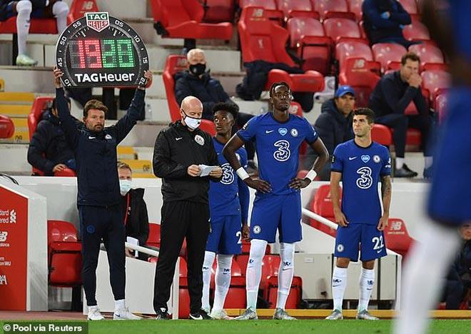 Ngoại hạng Anh phản đối thay 5 người/trận vì sợ MU, Liverpool được lợi 2