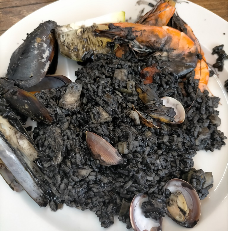 donde-comer-tenerife-paella-rustica