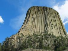 Kisah Nyata Tentang Arsitektur Langka Devil Tower