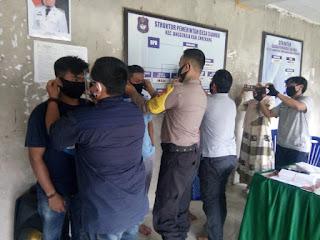 Bhabinkamtibmas Polsek Anggeraja Polres Enrekang Hadiri Gerakan Setengah Milyar Masker