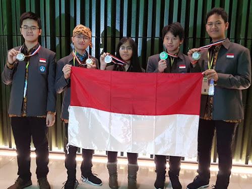 Siswa Indonesia Peraih Medali Emas di Olimpiade Sains Belanda