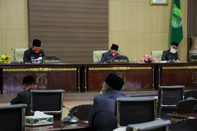 Fraksi DPRD Sampaikan Pandangan Umum Raperda APBD TA 2019 dan Dua Raperda Muba TA 2020