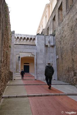 Porta di accesso alla Rocca del Principato di Monaco