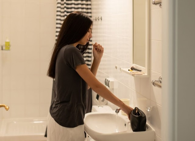 Which is Better Brushing Teeth Before or After Eating?