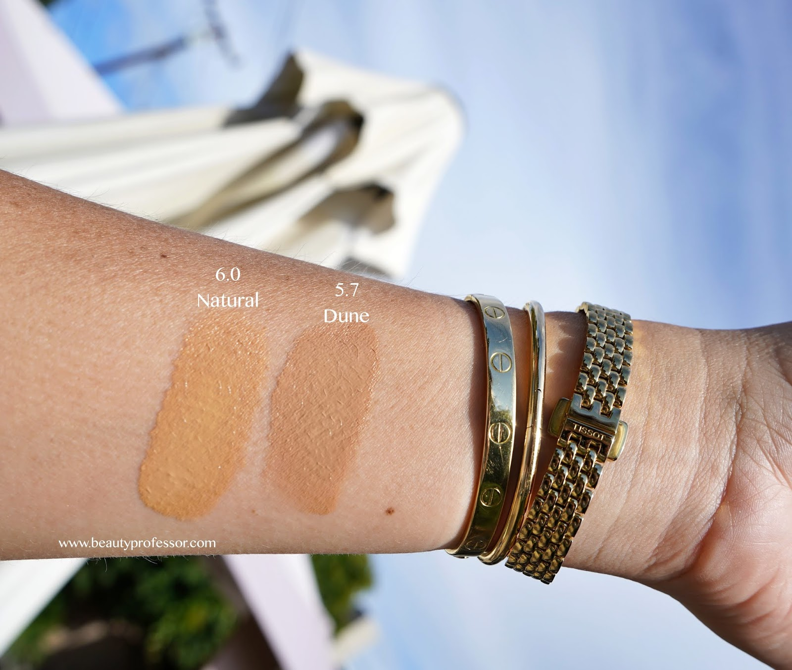 Tom Ford Shade and Illuminate Soft Radiance Foundation swatches