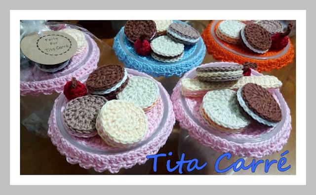 Potes decorados com Biscoitos