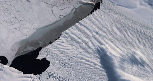 One of the largest glaciers in Antarctica has lost a piece twice the size of Washington DC