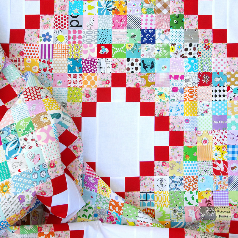Scrap Busting - An Irish Chain Quilt | © Red Pepper Quilts 2017