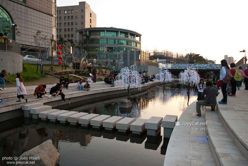 台中 柳川水岸 情人節